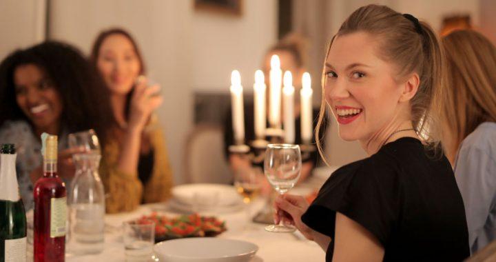 Featured image-Wedding food options